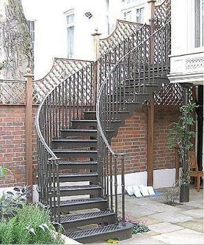 Maison deco escaliers for Escalier maison exterieur